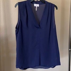 Laundry byShelli Segal navy blue sleeveless blouse